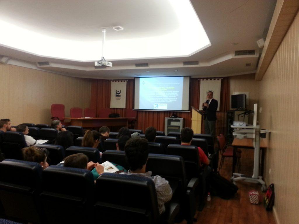 Hoy lunes 2 de febrero nos visitan los centros  Colegio San Felipe Neri,  IES Salmedina e IES Antonio de La Torre