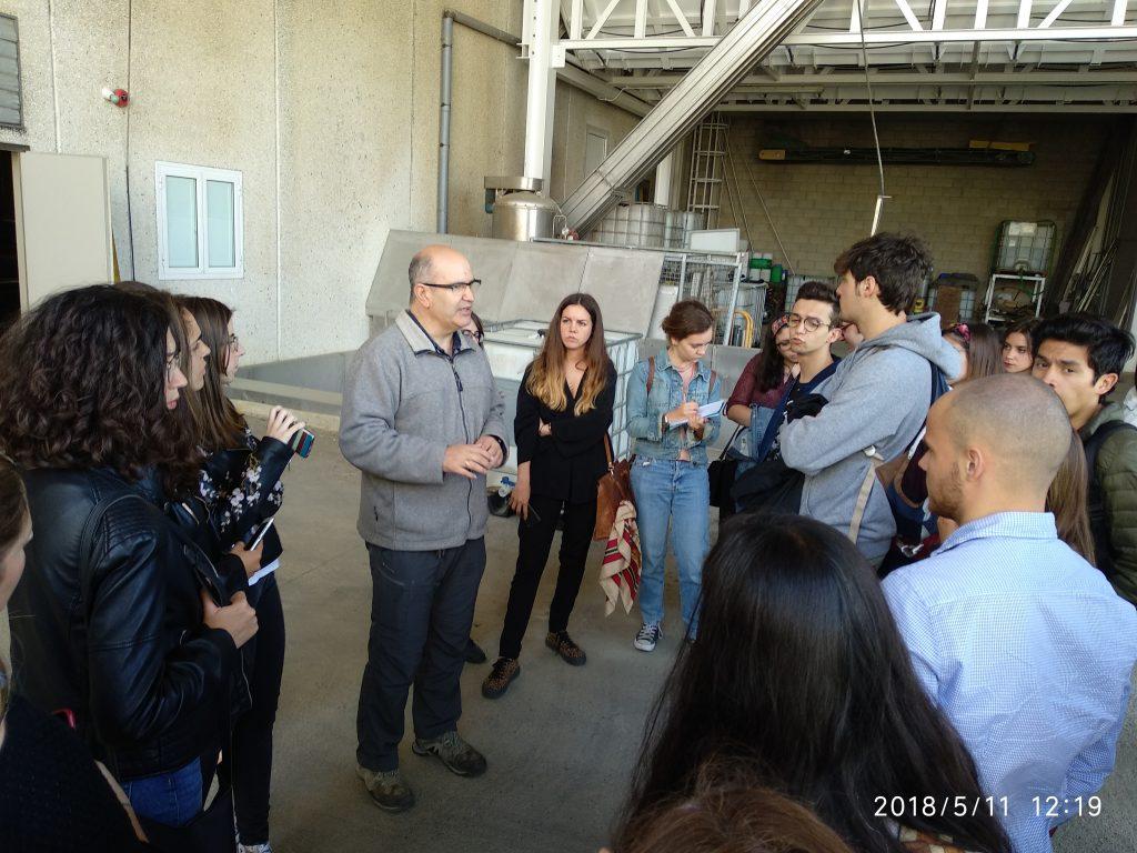 Visita de alumnos del Grado de enología a la D.O. Condado de Huelva